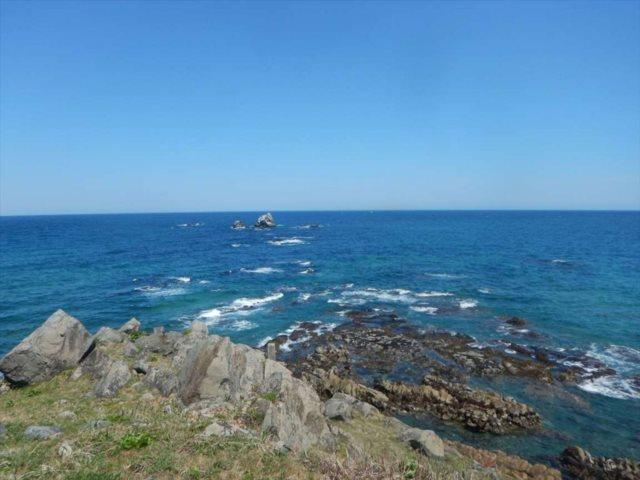 尻屋崎灯台の海岸