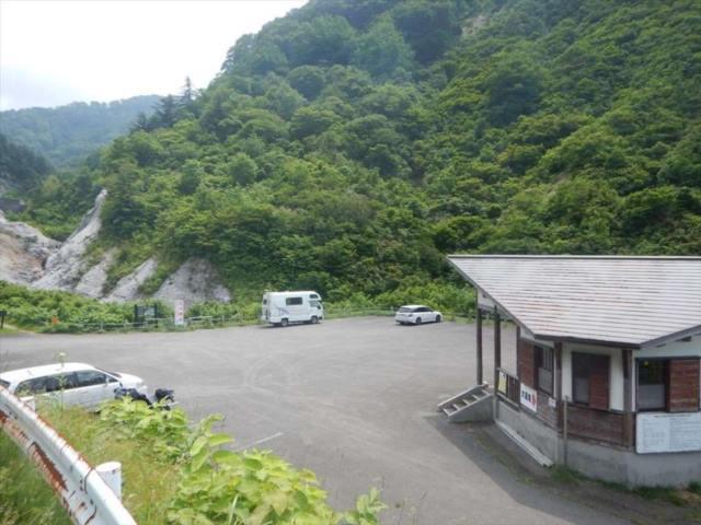 川原毛の駐車場